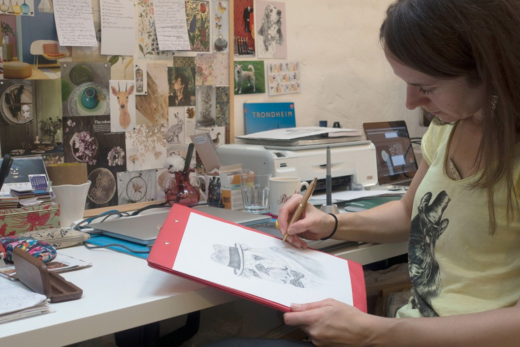 Katrina-Wight-The-Kat-and-Monocle's-Creative-Director-Drawing-'Winston-The-Great'
